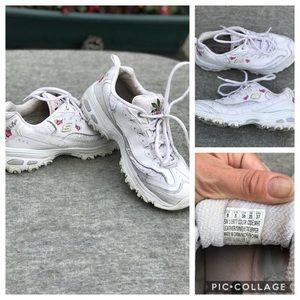 Skechers Shoes - Women's Sketchers White Flowers Sneakers   Size 8